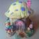 Fungo Apribile Casetta in Miniatura Rappresentazione Artigianale con Orsetti Decorata a Mano