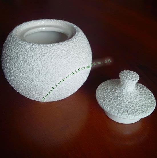 Zuccheriera Decorata Rilievo Rotonda Ceramica Bianca Servire Pausa Caffe Te Cappuccino