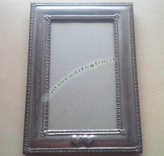 Vecchia Cornice Portafoto Placcata Argento Decorato Dentate Fiorellini Cuori Rilievo Vetro